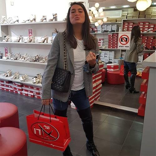 אדל בספלוב- רכשה נעלי כלה בדיזנגוף, נעלי ארו