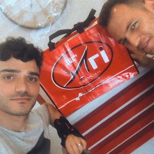 מעצב בינלאומי אלון ליבנה בחנות לנעלי כלה בדיזנגוף, נעלי ארו