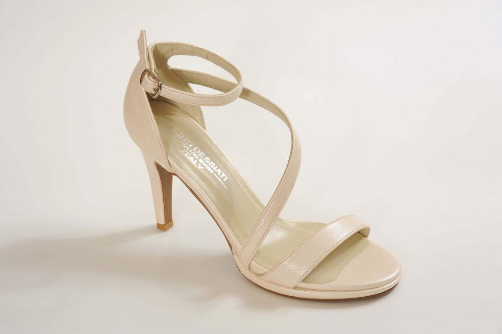 דגם MILA נעלי כלה עקב בינוני