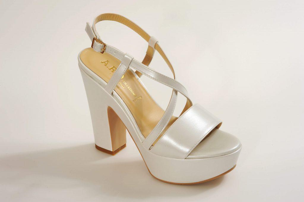 דגם ADISSON נעלי כלה פלטפורמה