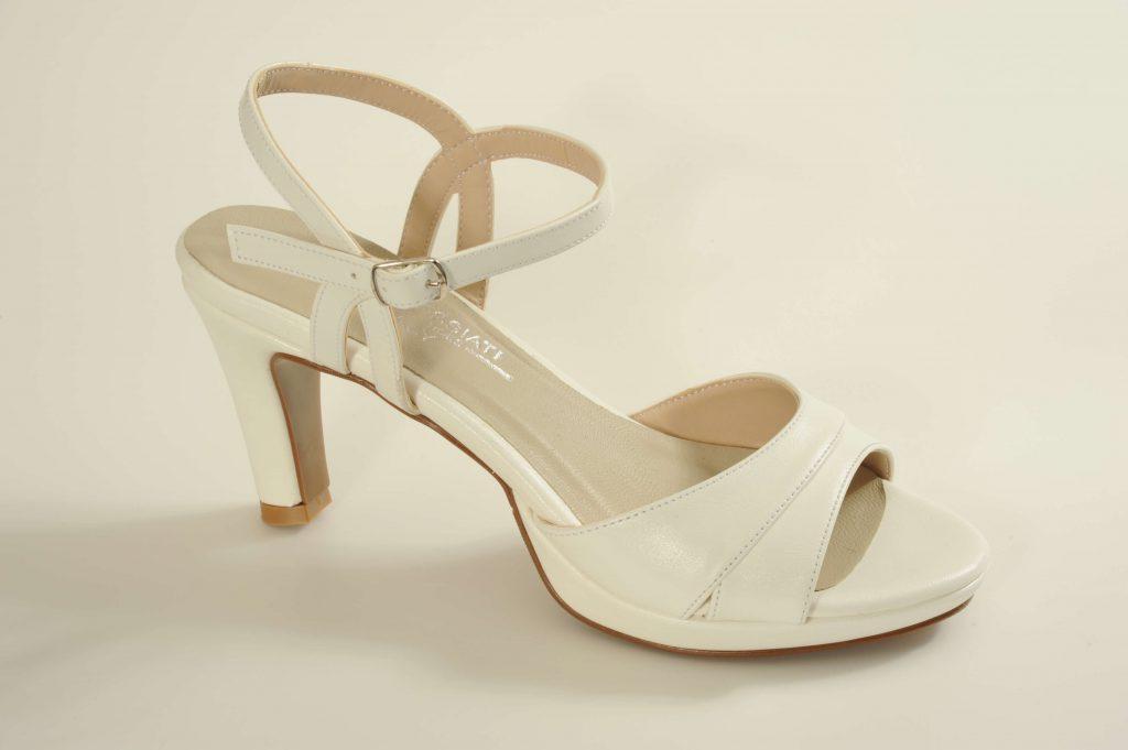 דגם CAROLINE נעלי כלה עקב בינוני