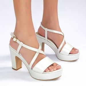 נעלי פלטפורמה ארו